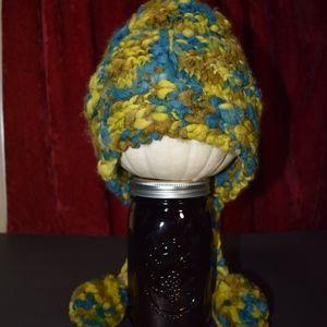 Burton Snowboards NWT Women's Knit Hat 3 Pom Poms